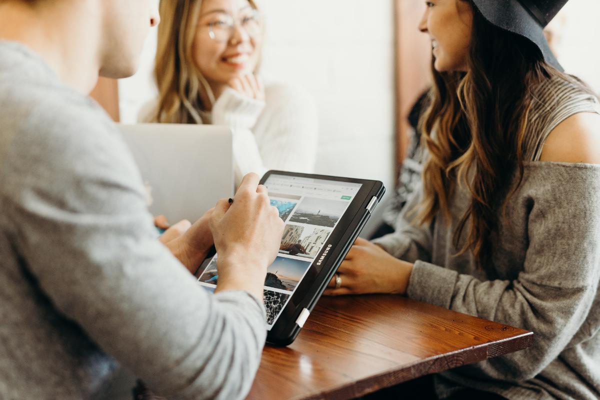 Top 5 eCommerce Digital Marketing Programs to Increase Sales
